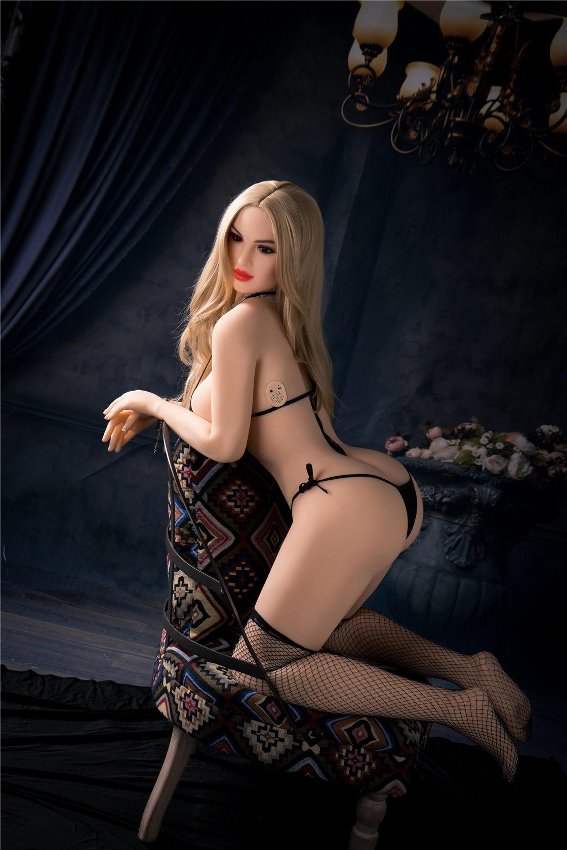 4 adult sex doll